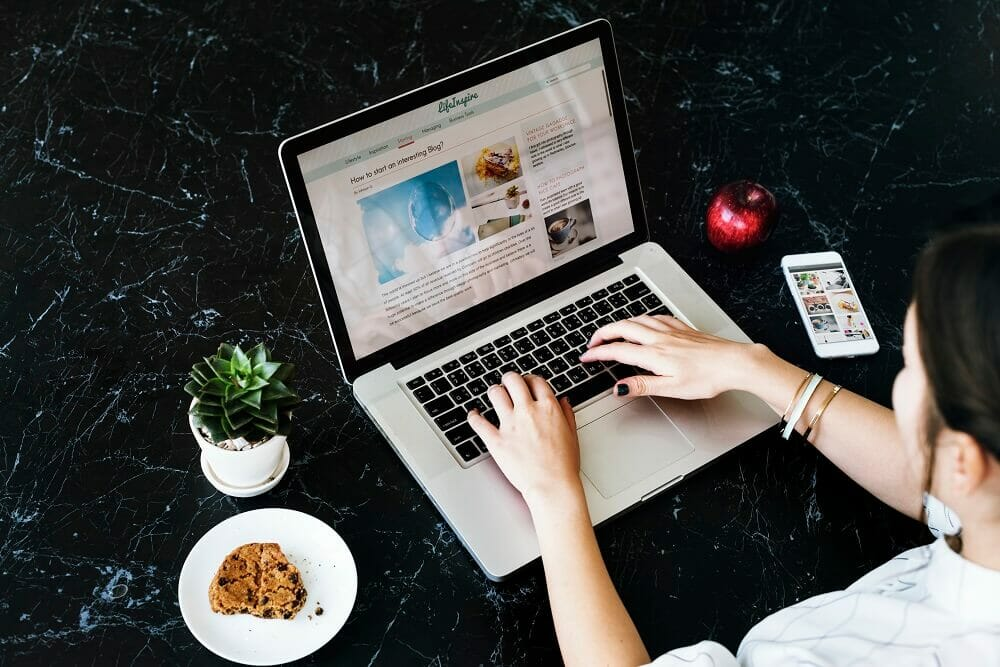 How to Start a Blog (Beginner%u2019s Guide to Making Money)